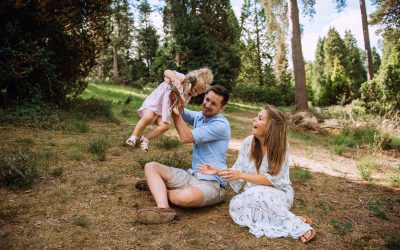 Holly is getting a new baby sister! – Storytelling Session with the Champneys